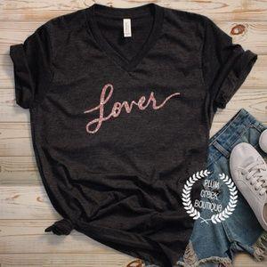 👚 Swiftie LOVER Black Vneck TShirt NEW Sz XS - 2X